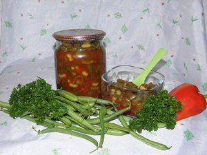 Fazuľa v rajčiakoch na zimu: recepty polotovarov s omáčkou