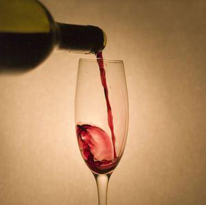 Prečo môžem piť červené víno?