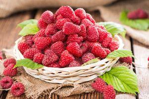 Prečo sen o malinách a zbierať? Vyzerá vzhľad plodov?