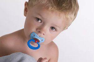 Ako zabiť dieťa z bradavky: pár tipov, kedy to urobiť