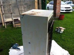 Odporúčania odborníkov, ako najlepšie zariadiť udiarenské zariadenie zo staršej chladničky