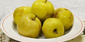 Mokré jablká doma: recepty