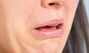 Nepríjemná chuť v ústach: príčiny, symptómy a liečba