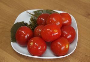 Recepty zo soľných paradajok a ryžové ryby