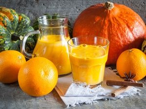 Recepty na zber tekvicového džúsu s oranžovou farbou na zimu