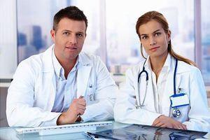 Aký je rozdiel medzi andrológom a urológom