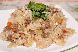 Varianty varenia kapusty dusené mletým mäsom a ryžou