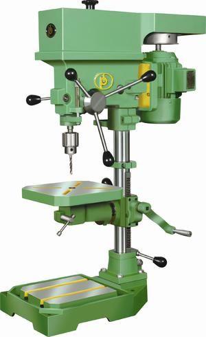 Vertikálny vŕtací stroj: vlastnosti, rady pri výbere
