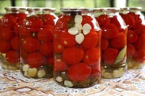 Zimné paradajkové korenie: sladké recepty
